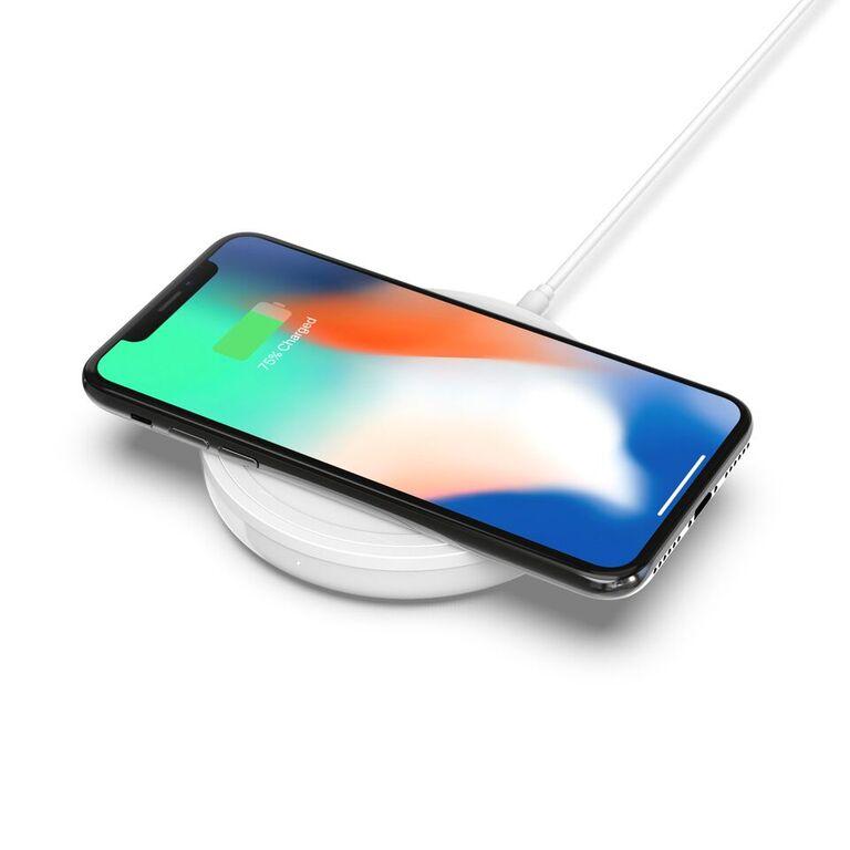 CES 2018:Belkin通过通用无线充电器联合Apple和Android